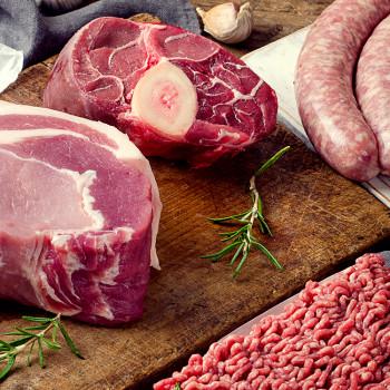 Colis de 5kg de viande de porc issue d'un élevage raisonné des Deux-Sèvres (79) - Saucisses, 1/2 jarret, lard (fumé ou nature)
